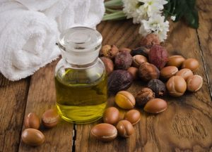 argan yağının faydaları, argan yağı nelere iyi gelir, göz altı morluklarına argan yağı